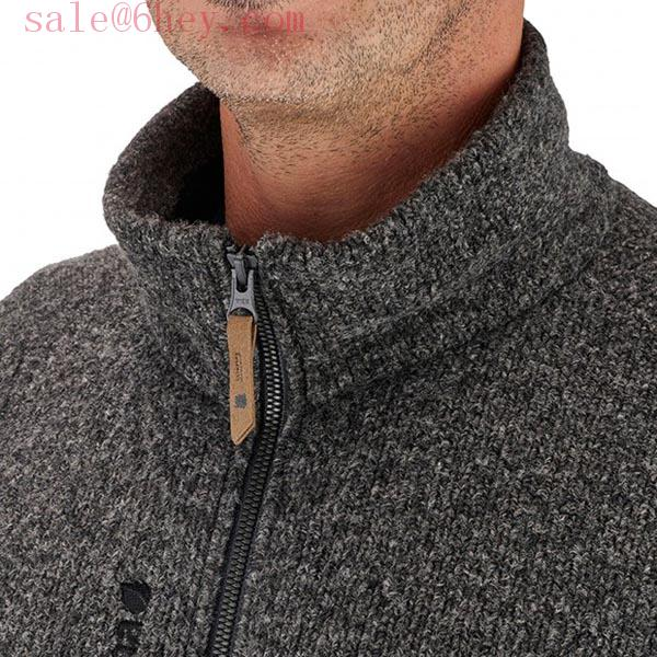 gray patagonia pullover
